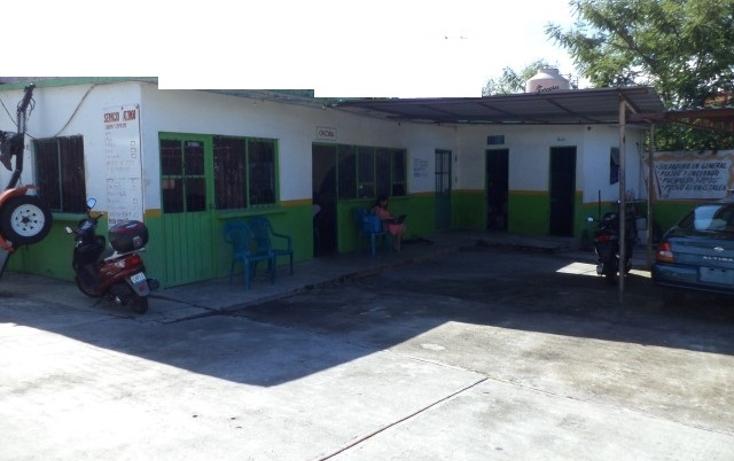 Foto de terreno comercial en venta en  , altavista, cuernavaca, morelos, 1047269 No. 02