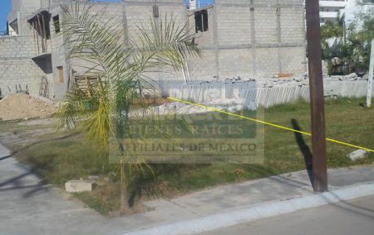 Foto de terreno habitacional en venta en av francisco medina ascencio 2900, terminal marítima, puerto vallarta, jalisco, 1682030 no 02