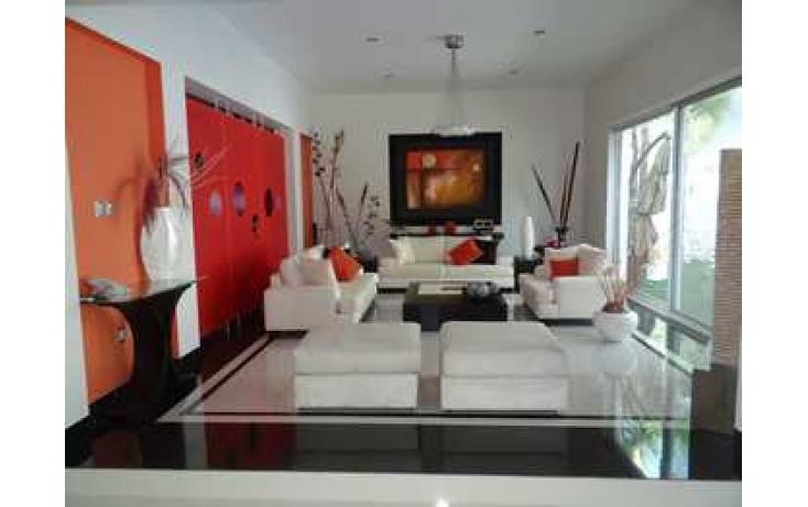 Foto de casa en venta en av industrialización , hacienda 1333, rinconada de los alamos, querétaro, querétaro, 498165 no 02