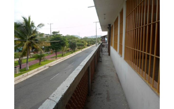 Foto de local en venta en av la boquita, 12 de marzo, zihuatanejo de azueta, guerrero, 597897 no 19