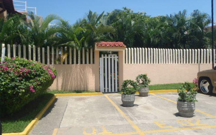 Foto de departamento en renta en av morrocoy, la puerta, zihuatanejo de azueta, guerrero, 1333659 no 01