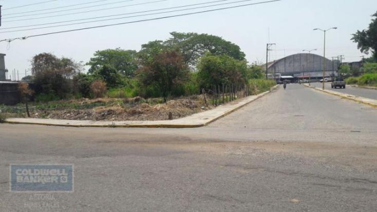 Foto de terreno habitacional en renta en avenida del mercado esquina calle moctezuma , cárdenas centro, cárdenas, tabasco, 1930915 No. 02