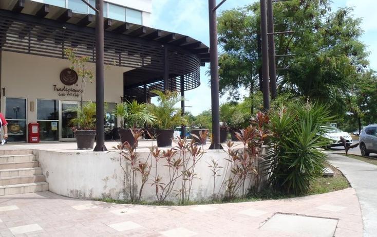 Foto de local en renta en avenida kabah , supermanzana 14 a, benito juárez, quintana roo, 1017395 No. 02