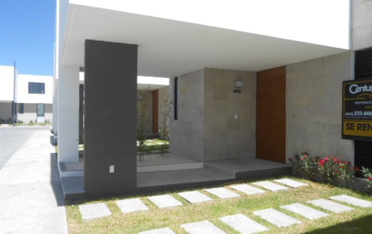 Foto de casa en renta en avenida santa fe- cond. 2 cantos 117-15 , balcones de juriquilla, querétaro, querétaro, 1932019 No. 02