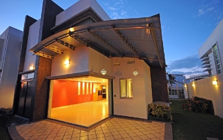 Foto de casa en venta en avenida universidad 5500 , puerta del bosque, zapopan, jalisco, 449234 No. 01