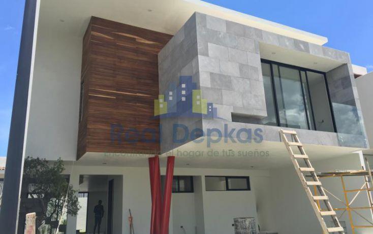 Foto de casa en venta en blvd las lomas 589, san bernardino tlaxcalancingo, san andrés cholula, puebla, 1745269 no 01