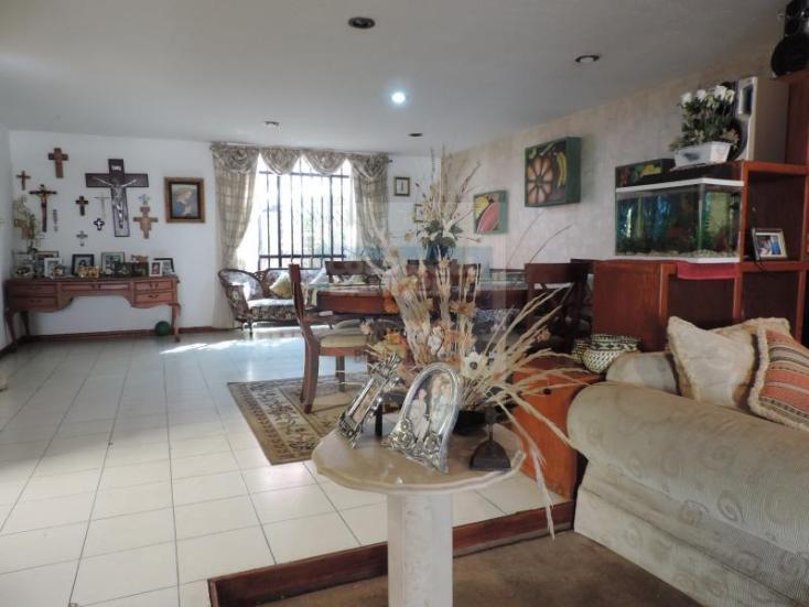 Foto de casa en venta en  1, camelinas, morelia, michoacán de ocampo, 764133 No. 02