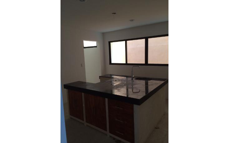 Foto de casa en venta en  , campestre, mérida, yucatán, 1099315 No. 02
