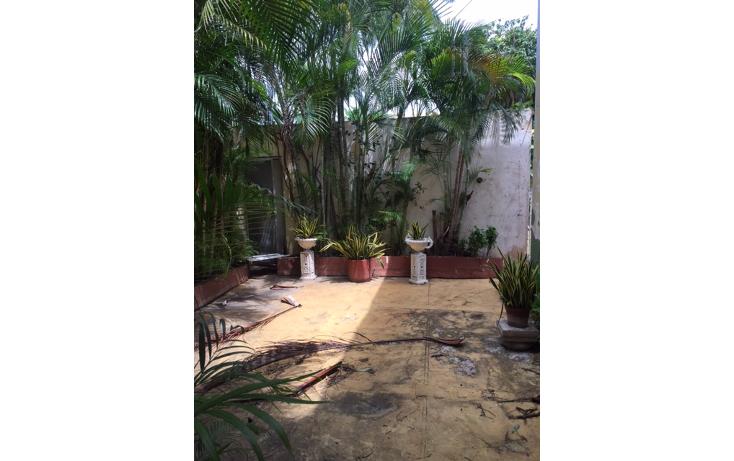 Foto de casa en renta en  , campestre, mérida, yucatán, 1323417 No. 02