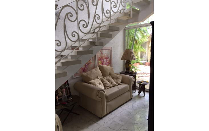 Foto de casa en renta en  , campestre, mérida, yucatán, 1323417 No. 04