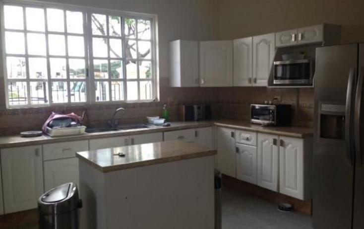 Foto de casa en venta en  , campestre, mérida, yucatán, 1373269 No. 04
