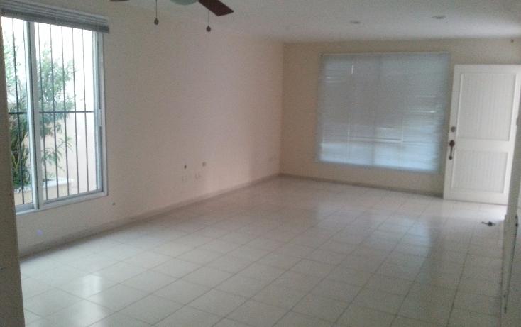 Foto de casa en renta en  , campestre, mérida, yucatán, 1438479 No. 02