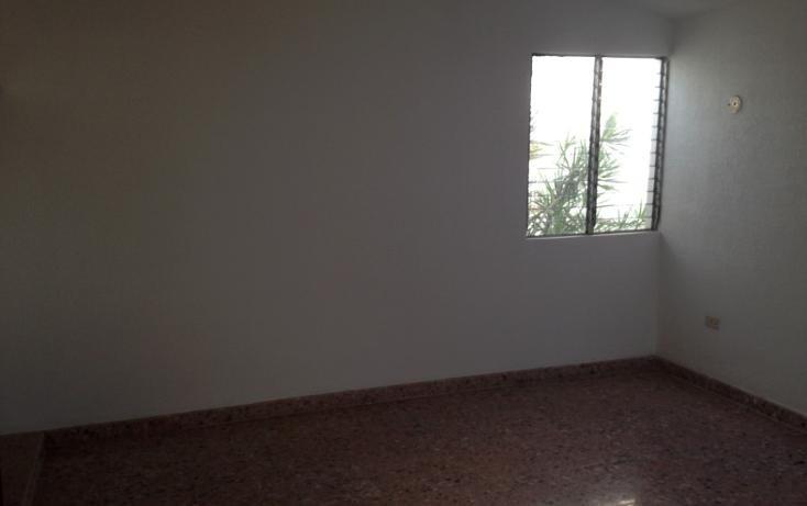 Foto de casa en venta en  , campestre, mérida, yucatán, 1785908 No. 02