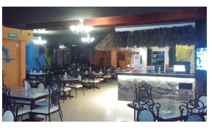 Foto de casa en venta en  , campestre, mérida, yucatán, 2014780 No. 06