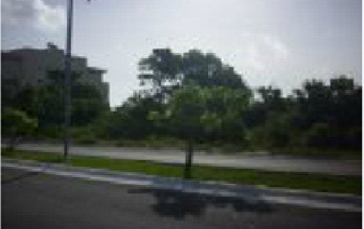 Foto de terreno habitacional en venta en  , canc?n centro, benito ju?rez, quintana roo, 1967927 No. 01