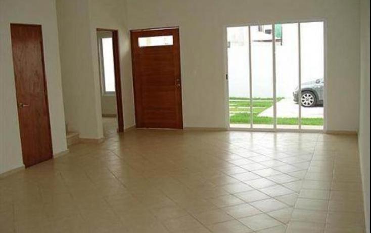 Foto de casa con id 425619 en renta en avenida las torres 1 región 240 no 02