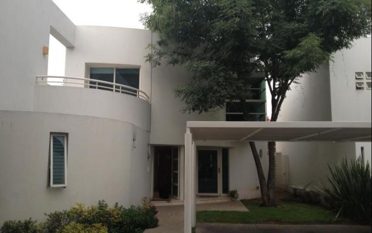 Foto de casa con id 457079 en renta colinas de san javier no 02
