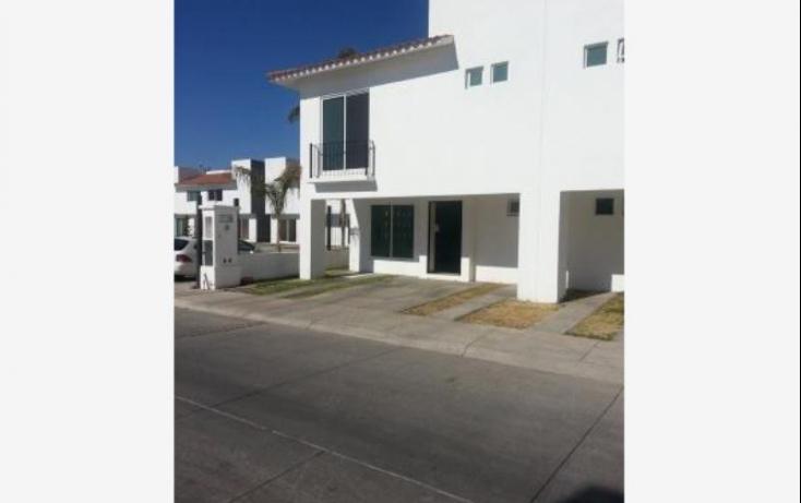 Foto de casa con id 390167 en renta en santa ana 504 ejido lo de juárez no 02