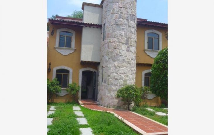 Foto de casa con id 393817 en venta ana maria gallaga no 02