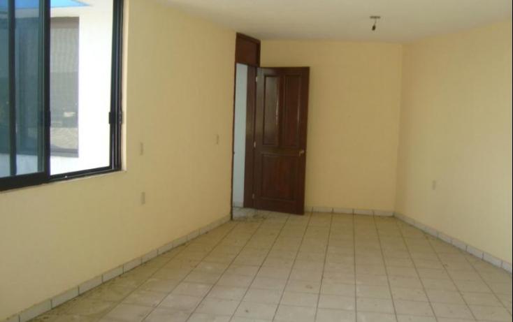 Foto de casa con id 389995 en venta en av del prado uriangato centro no 01