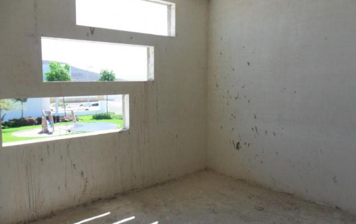 Foto de casa con id 396350 en venta en av santa rosa 3 jurica no 05