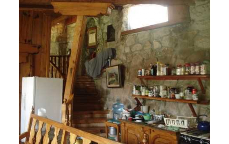 Foto de casa con id 86565 en venta en cda de tecotostitla carretera desierto de los leones km santa rosa xochiac no 08