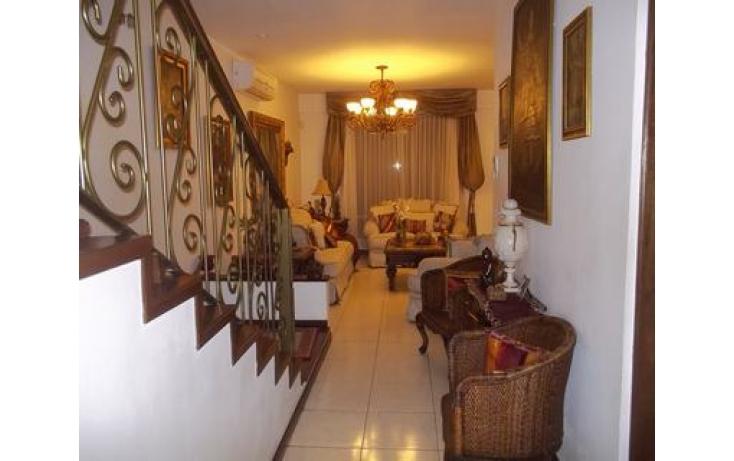 Foto de casa con id 479107 en venta en cumbres del sur 213 cumbres elite 5 sector no 03