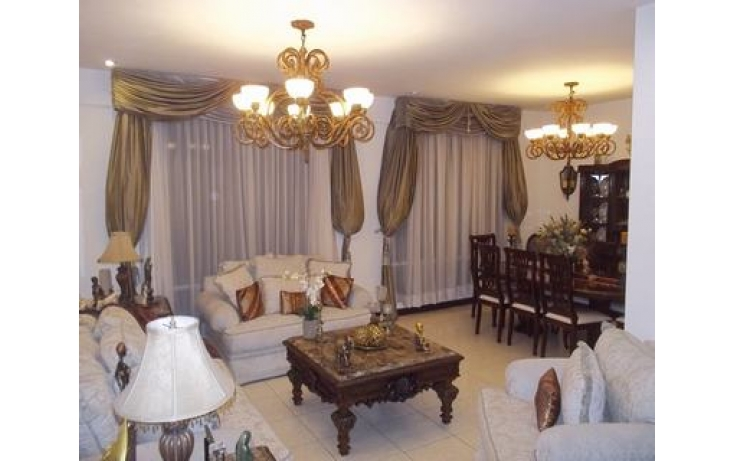 Foto de casa con id 479107 en venta en cumbres del sur 213 cumbres elite 5 sector no 04