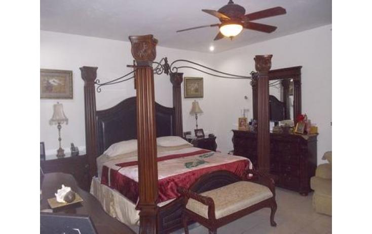 Foto de casa con id 479107 en venta en cumbres del sur 213 cumbres elite 5 sector no 08