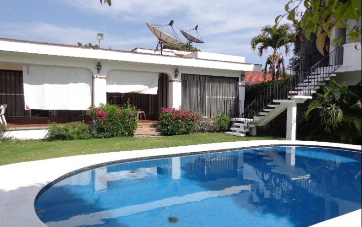 Foto de casa con id 396629 en venta en lomas de cocoyoc 1 atlatlahucan no 02