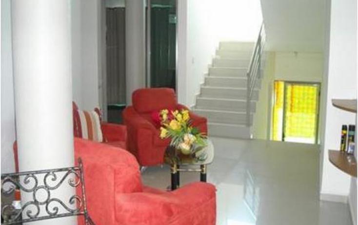 Foto de casa con id 427411 en venta en san marino 1303 residencial hacienda san pedro no 12