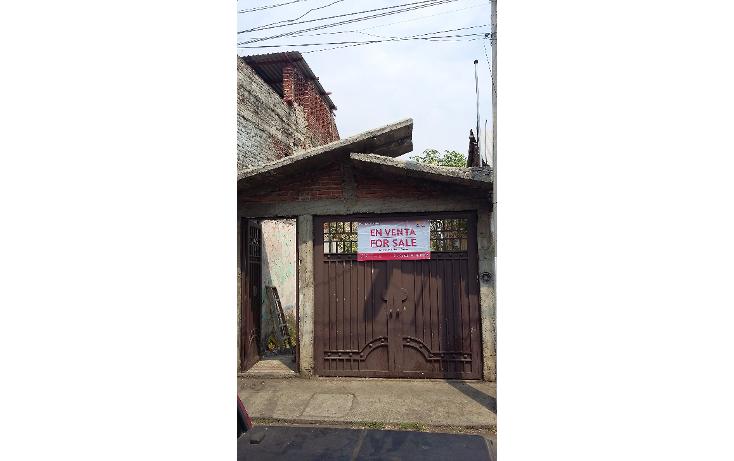 Foto de terreno habitacional en venta en  , centro, los reyes, michoac?n de ocampo, 1929164 No. 01