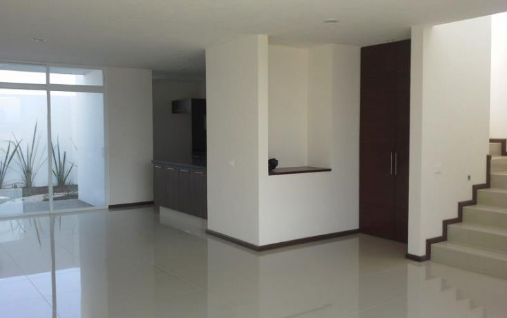 Foto de casa en venta en cerralvo 6, chalchihuapan, ocoyucan, puebla, 1804790 no 02