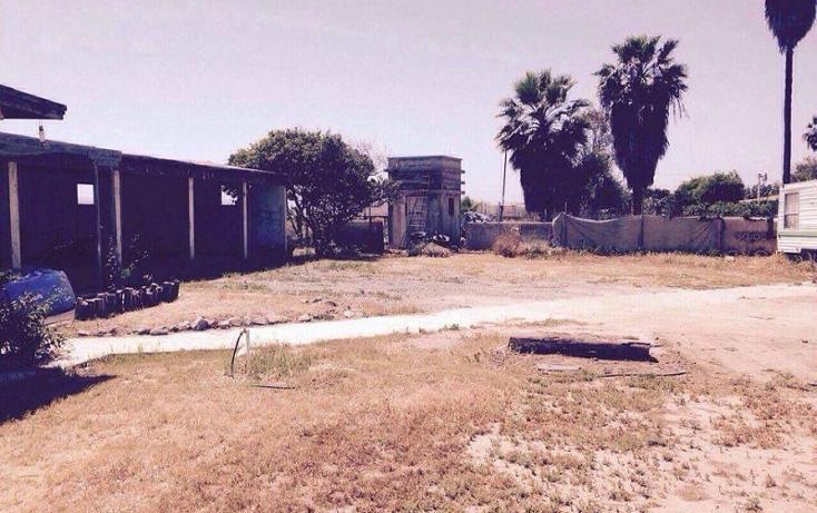 Foto de terreno habitacional en venta en  , chapultepec, ensenada, baja california, 2720926 No. 02