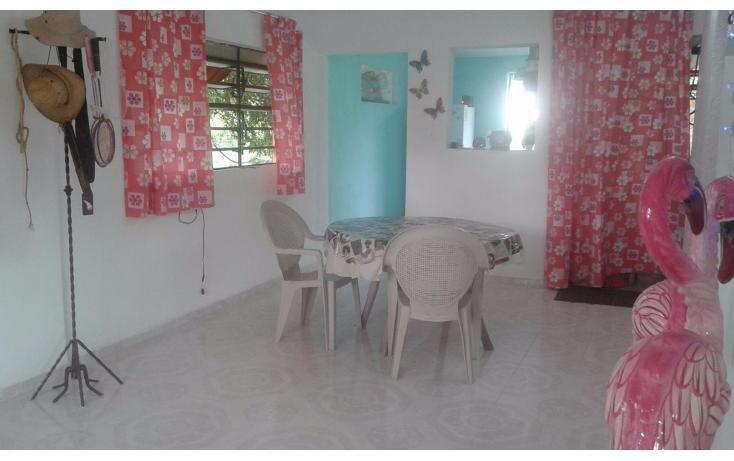 Foto de casa en venta en  , chichi suárez, mérida, yucatán, 1379315 No. 02
