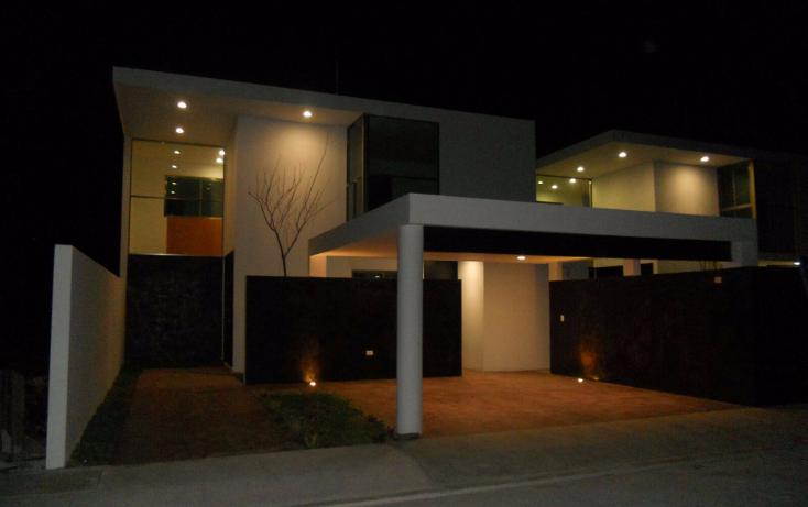 Foto de casa en venta en  , cholul, m?rida, yucat?n, 2003006 No. 01