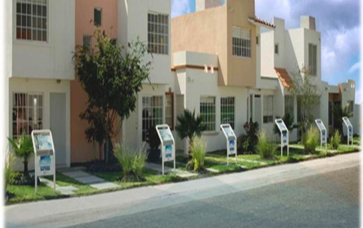 Foto de casa en venta en circuito puerto corinto #139 fraccionamiento fuente de balvanera , fuentes de balvanera, apaseo el grande, guanajuato, 1506975 No. 02