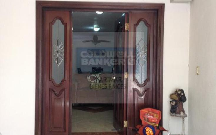 Foto de casa en venta en  , lomas de cumbres 1 sector, monterrey, nuevo león, 1398485 No. 02