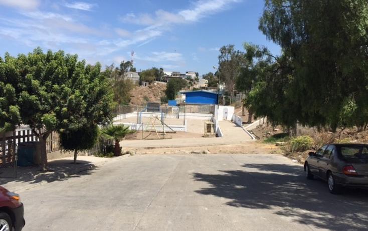 Foto de terreno habitacional en venta en  , constituci?n, playas de rosarito, baja california, 1325587 No. 02