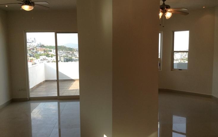 Foto de casa en venta en  , contry, monterrey, nuevo león, 1414851 No. 02