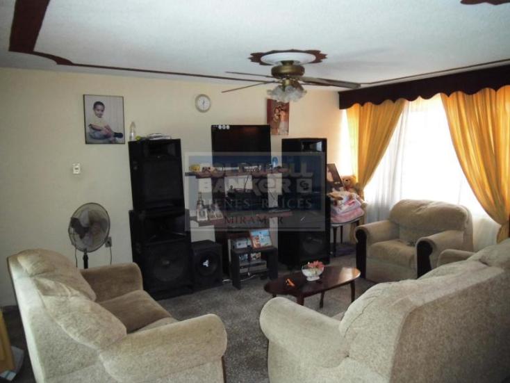 Foto de casa en venta en cuarta privada 201, barandillas, tampico, tamaulipas, 609416 No. 02