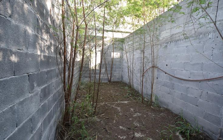 Foto de terreno habitacional en venta en  , cuauhtémoc, san nicolás de los garza, nuevo león, 1631540 No. 02
