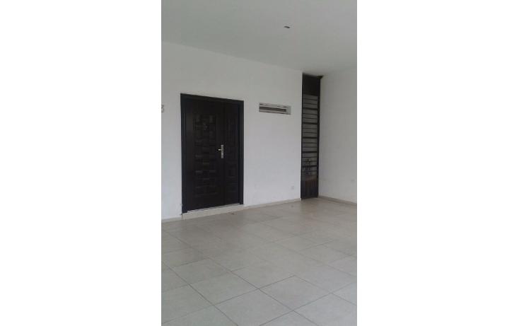 Foto de casa en venta en  , cumbres santa clara 2 sector, monterrey, nuevo león, 1725348 No. 02