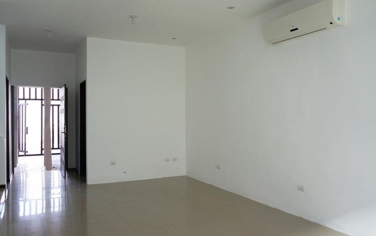 Foto de casa en venta en  , cumbres santa clara 2 sector, monterrey, nuevo león, 1853446 No. 02