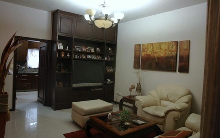 Foto de casa en venta en  , del valle sect oriente, san pedro garza garcía, nuevo león, 1139623 No. 02