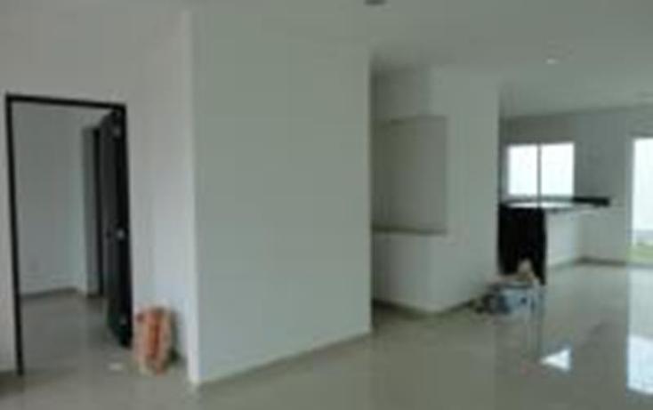 Foto de casa en venta en  , desarrollo habitacional zibata, el marqués, querétaro, 1980356 No. 02