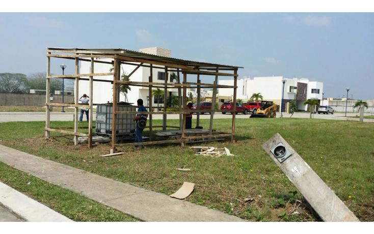 Foto de terreno habitacional en venta en  , el country, centro, tabasco, 2013024 No. 02
