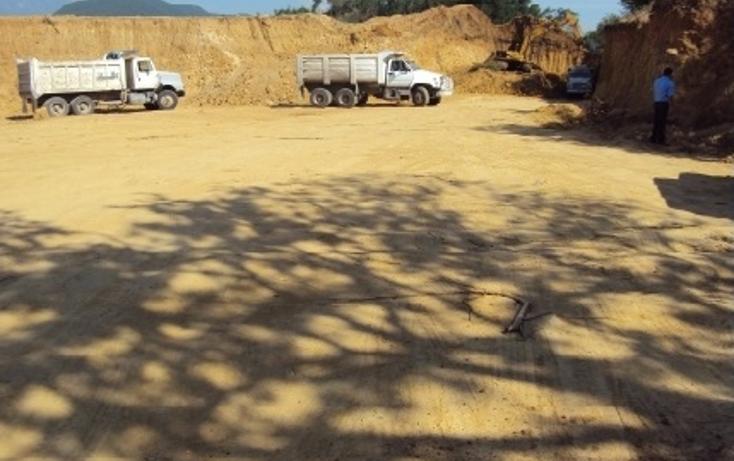 Foto de terreno comercial en renta en  , el uro, monterrey, nuevo león, 1053983 No. 02