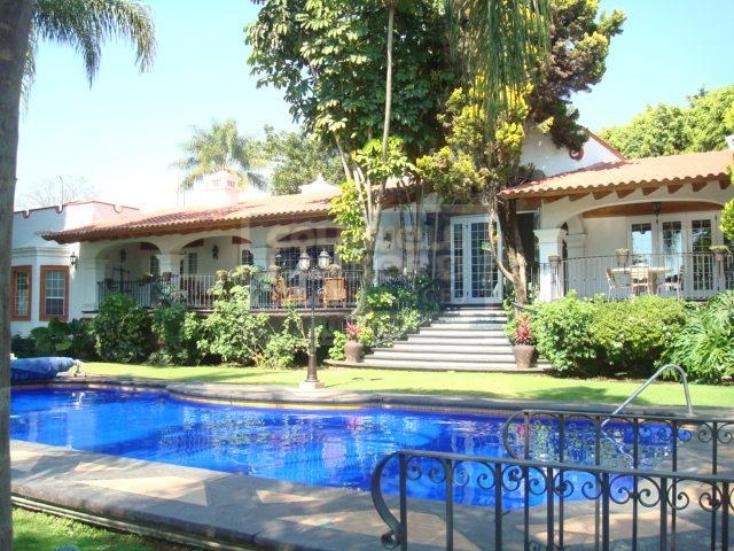 Foto de casa en venta en  , maravillas, cuernavaca, morelos, 345641 No. 01