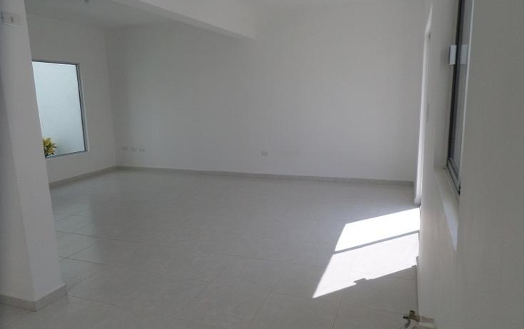 Foto de casa en venta en  , fraccionamiento villas del renacimiento, torre?n, coahuila de zaragoza, 1028393 No. 02